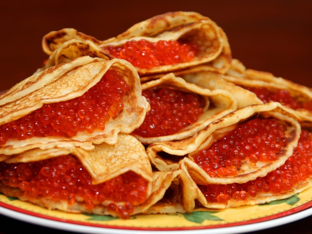 Food_Bread_rolls_croissants_Pancakes_with_red_caviar_026154_.jpg